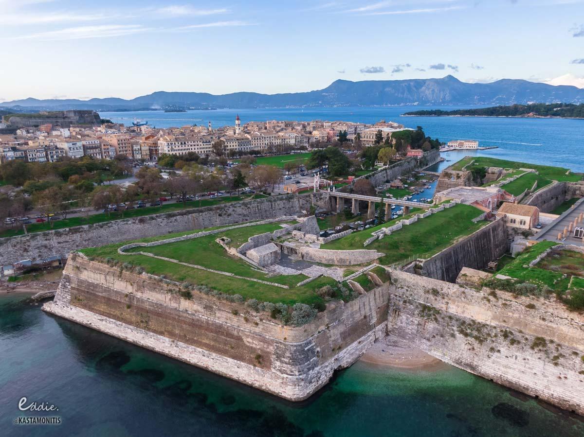 visit corfu sights old fortress 2