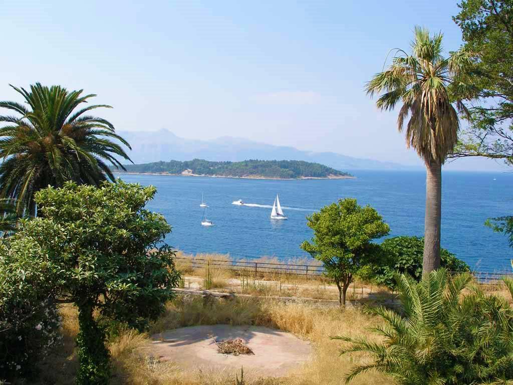 hotel corfu town konstantinoupolis island of vido 3