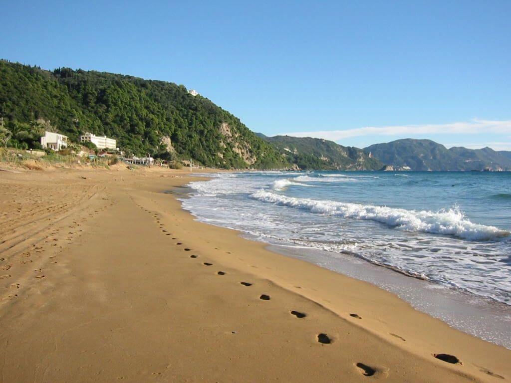 glyfada beach01