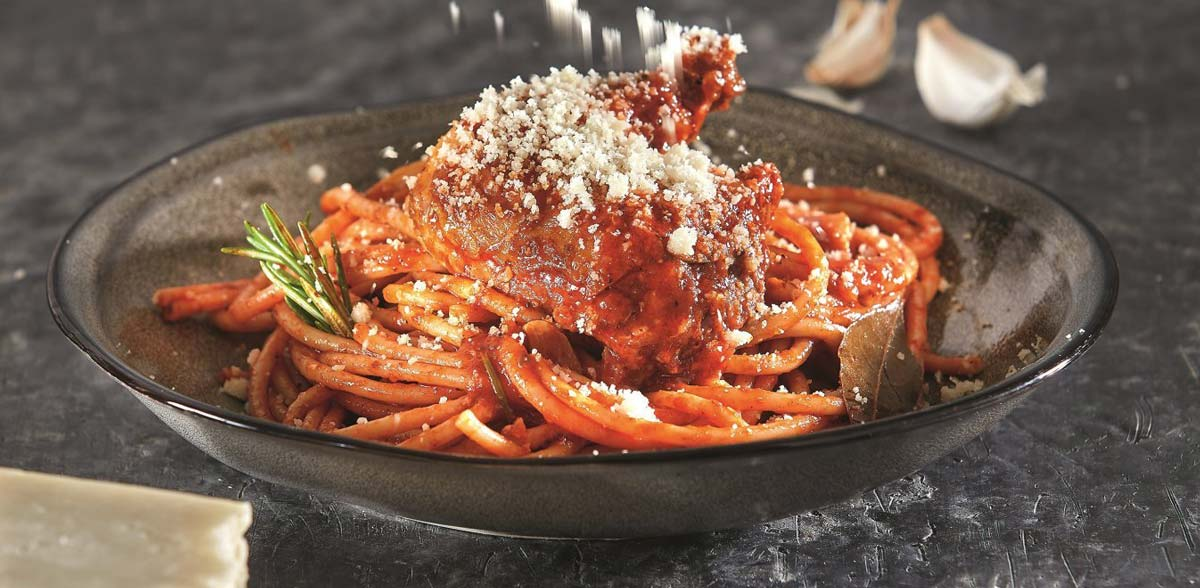 visit corfu traditional food pastitsada